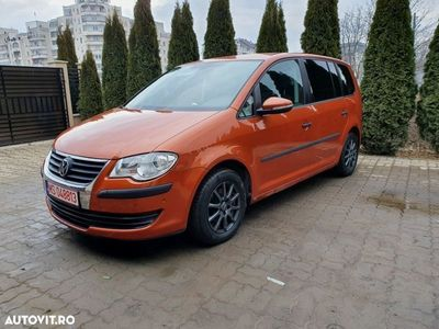 second-hand VW Touran Facelift 2010, 1.9 TDI, Automat