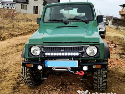 second-hand Suzuki Samurai 4x4 - preparat pentru off-road
