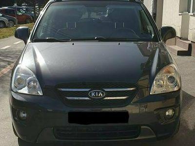 second-hand Kia Carens