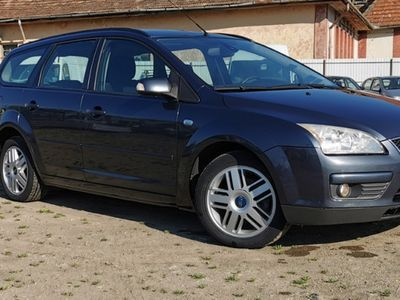 second-hand Ford Focus 1.6TDCi - 109CP - GHIA - climatronic - jante