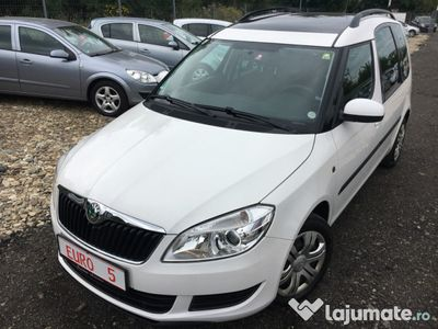second-hand Skoda Roomster 2011-Benzina 1,2-EURO 5-Posibilitate RATE-