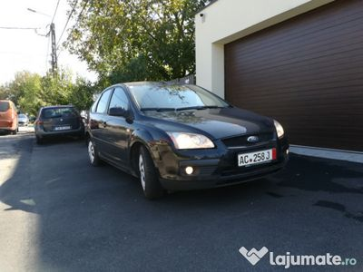 second-hand Ford Focus 1.6 diesel perfecta stare ieftin