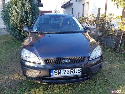 second-hand Ford Focus SEDAN 1.6.BENZINA