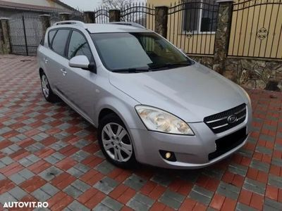 second-hand Kia cee'd NUMERE VALABILE - an 2008, 1.6 crdi 16v (Diesel)
