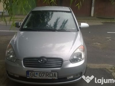 second-hand Hyundai Accent super intretinuta 2007