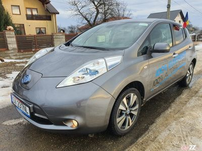 second-hand Nissan Leaf Teckna 2014, 49.000 km, gri, LED, full electric