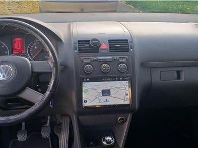 second-hand VW Touran 1