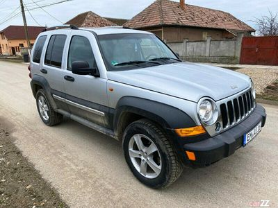 second-hand Jeep Cherokee 4x4 - an 2005