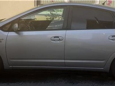 second-hand Toyota Prius 2007.