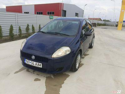second-hand Fiat Punto 2007 1.2i ac geamuri 950e