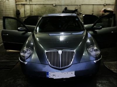 second-hand Lancia Thesis