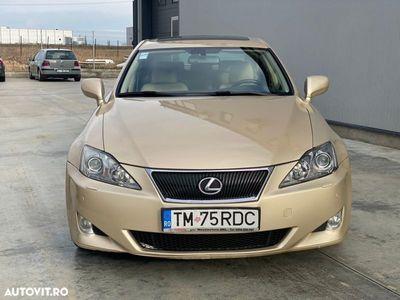 second-hand Lexus IS250 Seria IS