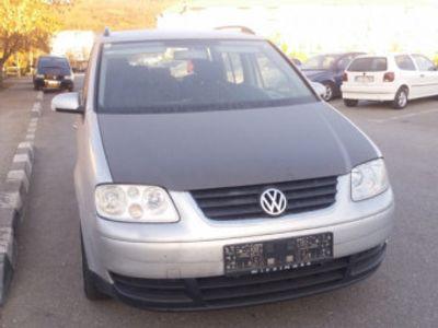 second-hand VW Touran 1.9 tdi euro 4 cu 7 locuri
