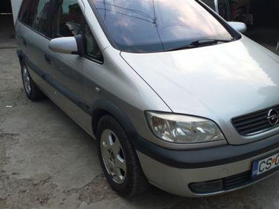second-hand Opel Zafira A motor 1,6 benzină an 2002