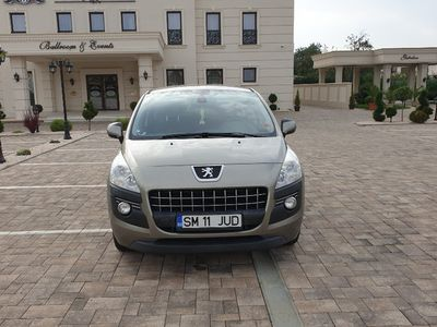 second-hand Peugeot 3008 16HDI, an 2010, 109 cp
