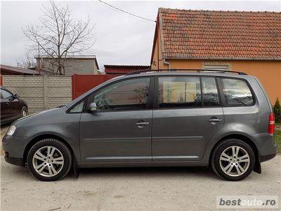 brugt VW Touran 1.9 TDI 105 CP,7 locuri,euro 4,an 2006