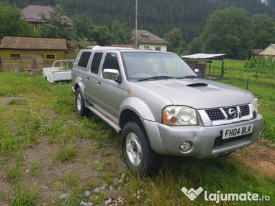 second-hand Nissan Navara 2.5 D22