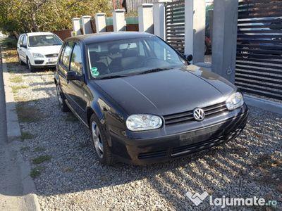 second-hand VW Golf IV din 2003 1.4 16 valve euro 4 cu clima