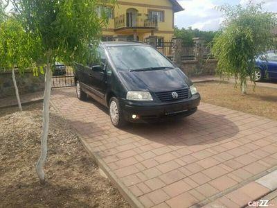 second-hand VW Sharan 1.9 TDi 131 Cp 2004 cu 7 Locuri