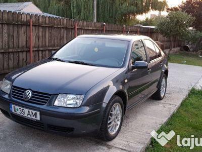 second-hand VW Bora 1.6i stare impecabila