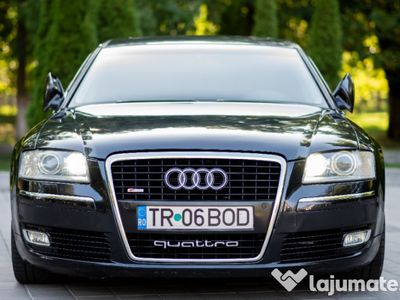 second-hand Audi A8 4.2 impecabil