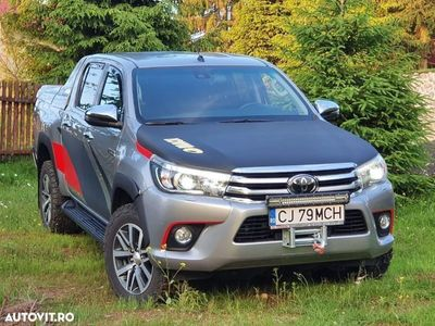 second-hand Toyota HiLux MK8