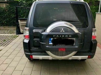 second-hand Mitsubishi Pajero LWB