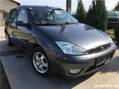 second-hand Ford Focus FaceLift Ghia 1,8 TDCi 115 Cp din 2004 Klima