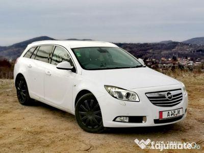 second-hand Opel Insignia 2013 automat 4x4 biturbo - piele, sport, navi