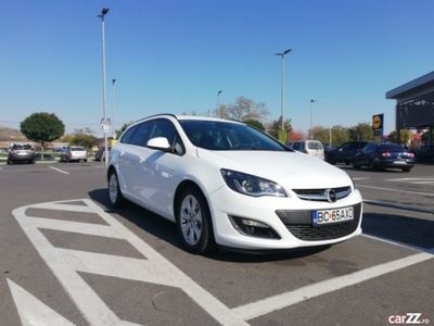 second-hand Opel Astra 2.0 165 cp diesel automat, nu Insignia