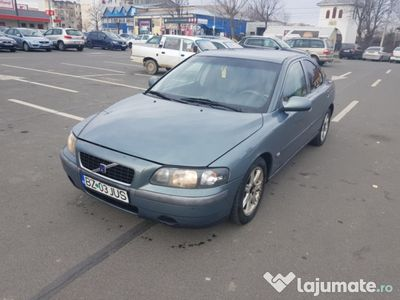second-hand Volvo S60 an 2003 2.4 TD