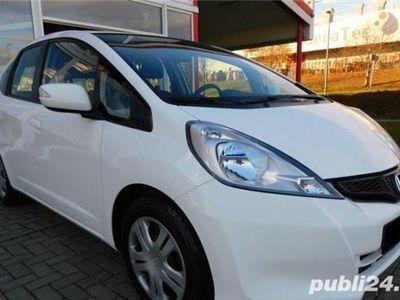 second-hand Honda Jazz model 2012, 1.4 i-VTEC, 100CP, AC, ABS, ESP, LED, EURO 5, consum 5%, propietar