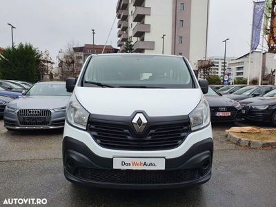 second-hand Renault Trafic Combi