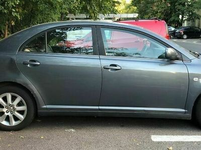 second-hand Toyota Avensis 1.8