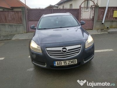 second-hand Opel Insignia schimb cu masina mica