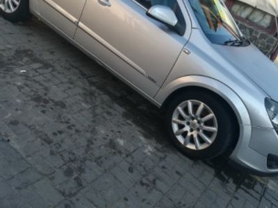 second-hand Opel Astra 1.9 diesel 2006