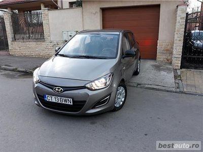 second-hand Hyundai i20 * 2014 * ca noua * 70.000 km * unic proprietar *