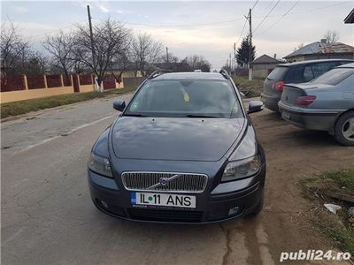 second-hand Volvo V50 1.6d 109 cp an 2007