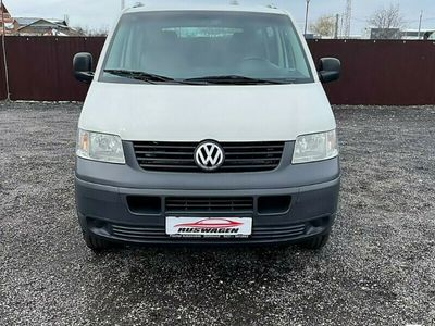 second-hand VW Caravelle transporter2009