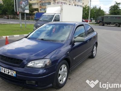 second-hand Opel Astra 2.0 Diesel an fab 2002