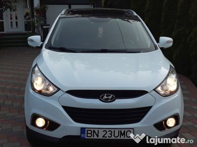 used Hyundai ix35 crdi 4wd ( 4x4 ) 2010 euro 5, impecabila !