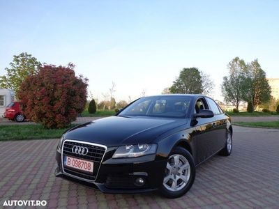 second-hand Audi A4 / 2.0 TDi 143 CP / Radio Cd / Pilot Automat / Incalzire in scaune / Bluetooth / Star/Stop