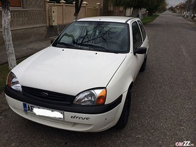 second-hand Ford Fiesta benzina 2001 euro4