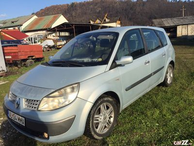 second-hand Renault Grand Scénic 2004 a 12 a 1.9 dCi