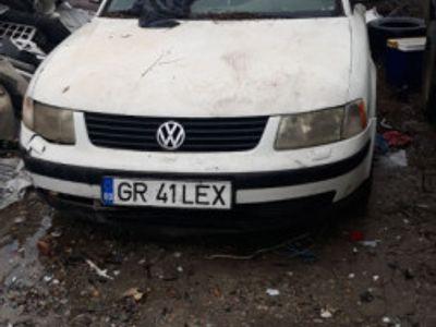 second-hand VW Passat 1.9 diesel pentru piese