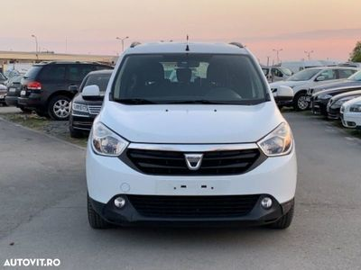 used Dacia Lodgy
