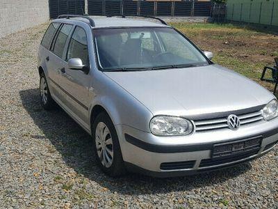 second-hand VW Golf din 2005 1.9tdi euro 4 cu clima