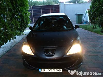second-hand Peugeot 206+ an 2010 variante