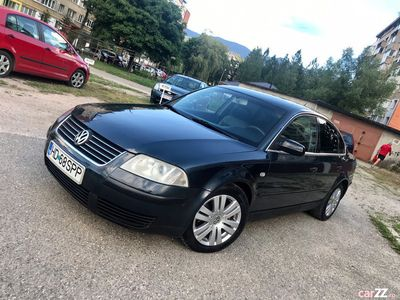 second-hand VW Passat 1.6benzină + GPL
