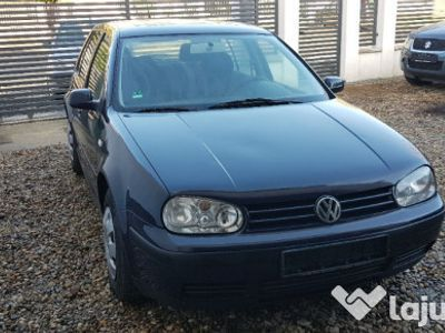 second-hand VW Golf IV din 2001 1.4 16 v euro 4 cu climatronic